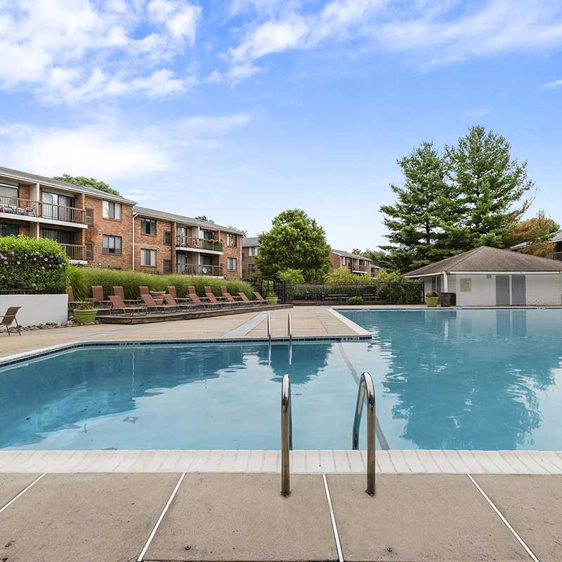 Tacony Crossing community exterior and swimming pool