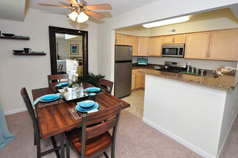 The Landings Dining Area and Kitchen