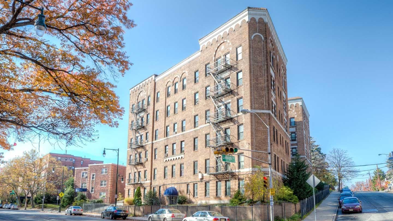 Exterior of a Newark Apartment building